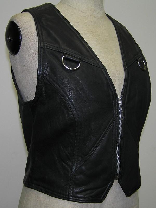 Chopper moto oblečení - dámské vesty 136f61e1e49